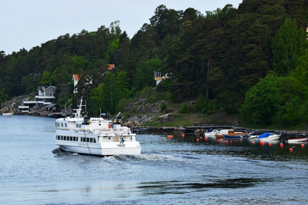 Cruiser in the Stockholm Archipelago HBarrison/Flickr